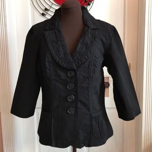 Cute 3/4 Sleeve Blazer